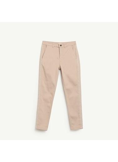Yargıcı Nakış Detaylı Denim Pantolon Bronz